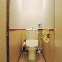 *和室10畳一例/10畳タイプは客室内にトイレ付き。洗浄機能も付いています。
