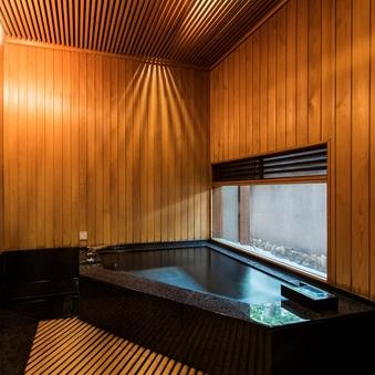 【緑水亭】 温泉付離れ 内湯 10畳和室+ツインベッド