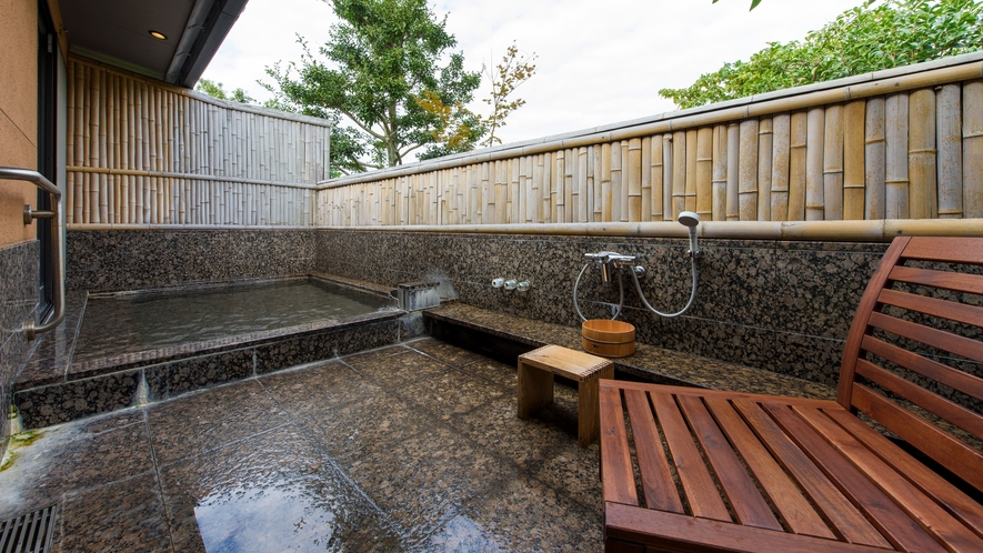 臥龍梅213号室露天風呂