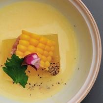 冷 鉢  Soupe  冬瓜、ベーコンの冷製スープ仕立て