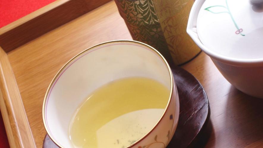 *極上煎茶 月の雫(霧の森茶フェゆるり)