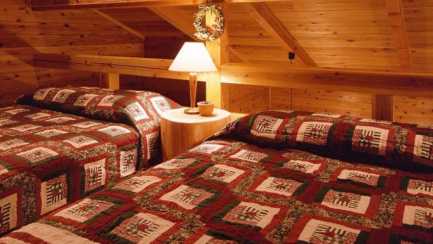 *山小屋風コテージ【ベッド2名+ふとん3名】一例