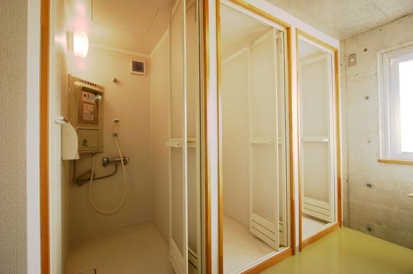 【当日限定】 格安1泊1900円!! TV冷蔵庫付 シャワー・トイレ共同♪禁煙