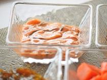 【北海道の恵みを堪能しよう!】塩辛:ごはんのお供に☆じゃがいもに塩辛をのせて食べるのもオススメ