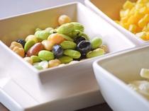 【朝食】豆サラダ