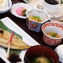 【朝食一例:和食】和食or洋食お好みのメニューをお選びいただけます