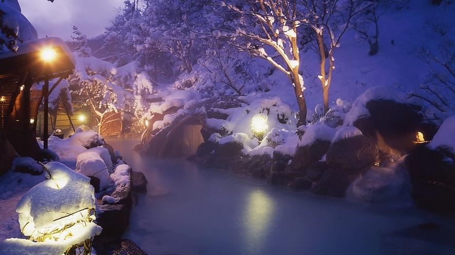 冬の大露天風呂「大気の湯」