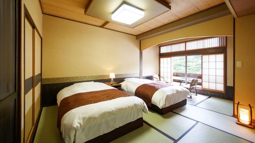 8畳和室ベット付き部屋