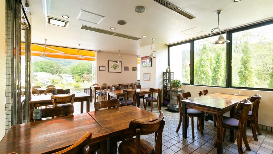 【レストラン】1F カフェボワール