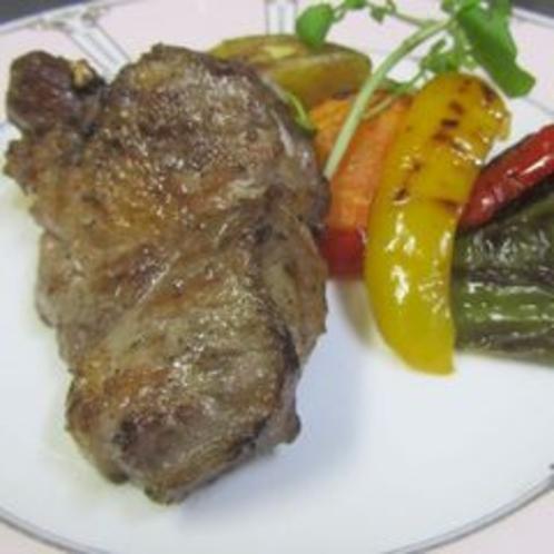 通常ディナープランのおまかせ肉料理