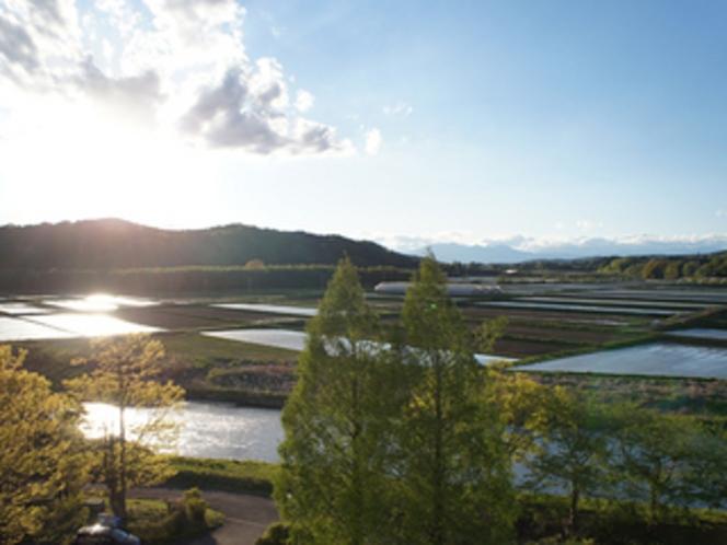 那須連山を望む