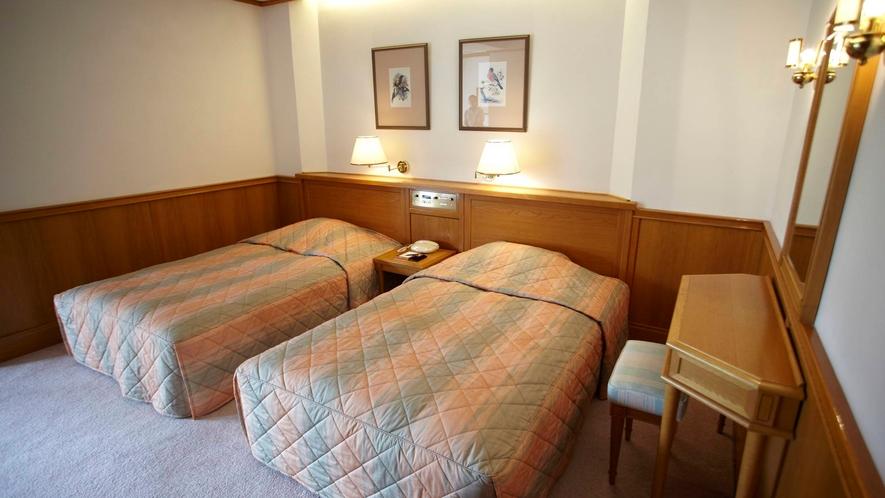 *お部屋/広く落ち着いたお部屋でやすらぎのひとときをお過ごしください。