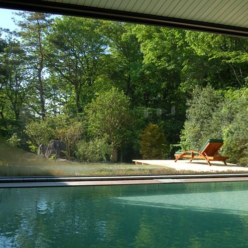 【大浴場】肌の引き締め効果、美肌効果が期待できます。源泉100%の純な温泉をお楽しみください。