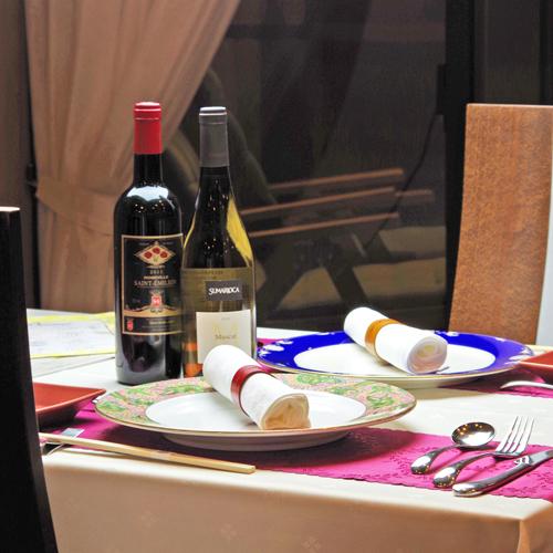 *レストラン≪Un Son Benir アンソンベニール≫でのディナーをお楽しみください。