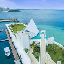 アートグレイスオーシャンフロントガーデンチャペル沖縄(外観)