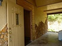 サーフヴィラ narai 玄関