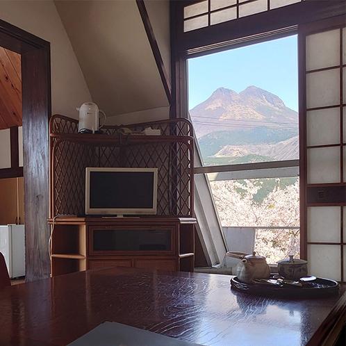 ・【由布】由布岳の見える和室8畳/春の景観
