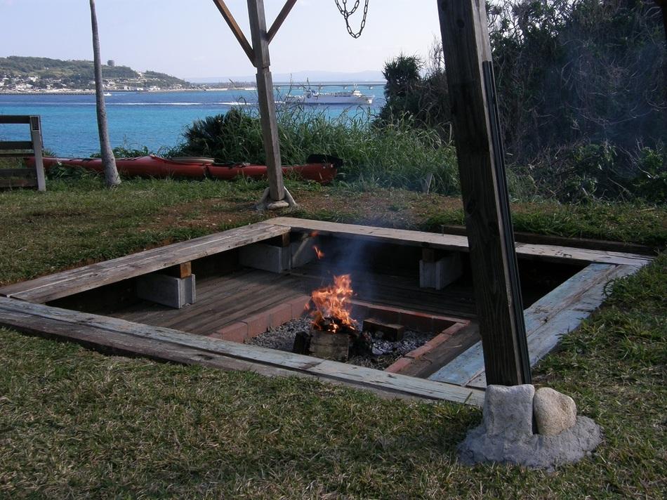 囲炉裏でバーベキュー