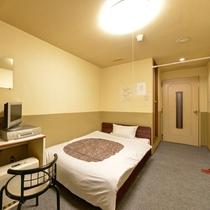 *<広めのシングルA>窓なしシングルのお部屋一例。寝泊り出来れば十分!そんな方にオススメです。
