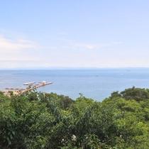 大阪湾を一望できるパノラマ絶景を存分にお楽しみいただけます。