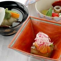 <夕食一例(秋冬)>最高の食材を、匠の技で丁寧に仕上げた逸品。