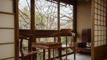*【部屋】松。窓からは四季折々の景色をお楽しみいただけます