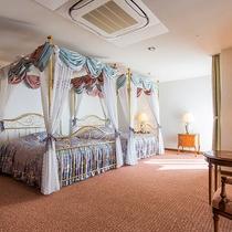 ロイヤルスイート・ベッドルーム一例