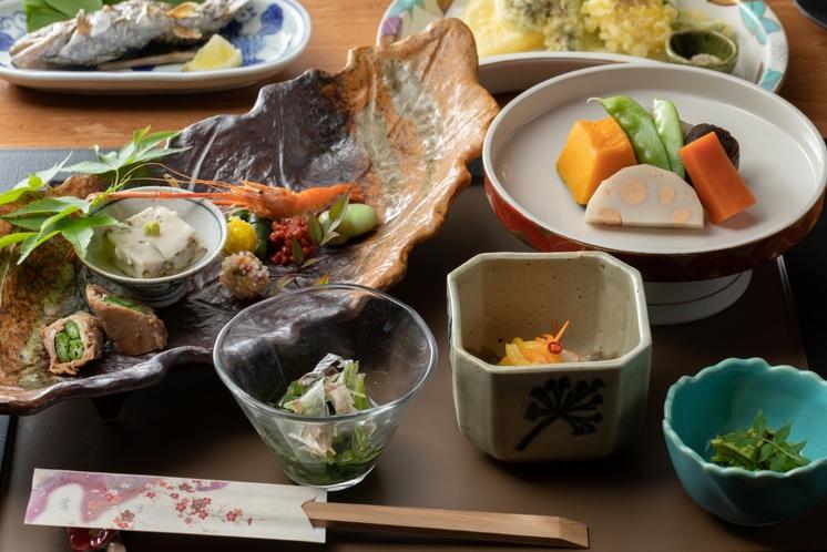 夕食 前菜、にしめ、天ぷら