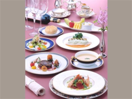 ♪大切な人と・・・フレンチフルコースで優雅なひと時を♪♪【夕食・朝食付/桜島側】