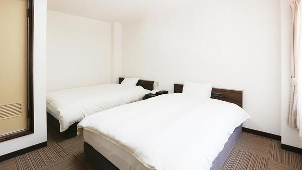 【禁煙】205号室 洋室ツイン 14平米  角部屋