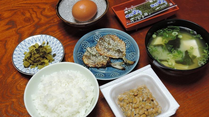 *【朝食一例/全体】健康的なシンプル和食で朝をスタート♪お食事開始時間:7:30-9:00