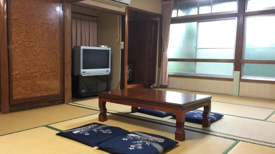 *【和室12畳一例】ファミリーやグループ利用に!みんなで泊まれるシンプル和室です。