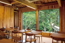 【森の家】飲食スペース