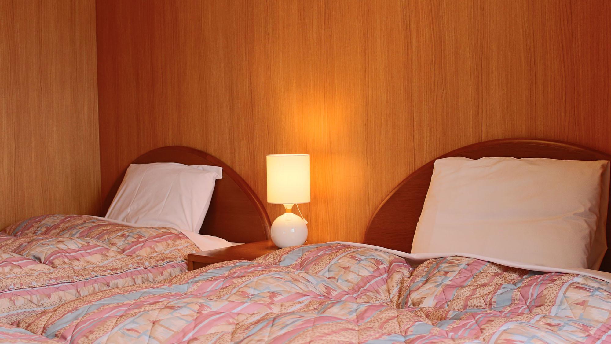【洋室/イメージ】 洋室にはツインベットを設置。ぐっすりお休み頂けます。