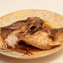 お料理 鯛の兜煮