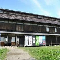 【庄内映画村資料館】数々の名映画で使用された衣装や道具などを多数展示