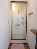 2Fシャワールーム