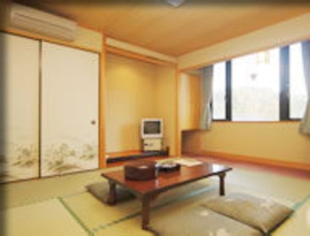 本館和室(6畳〜8畳・ウォッシュレットトイレ・洗面台付き)