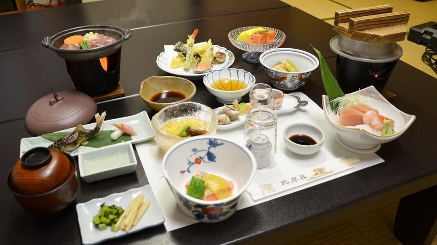 *■お料理一例■夕食は拘りの食材や富山の地のものをベースにした和風懐石ご膳を≪お部屋食≫で♪
