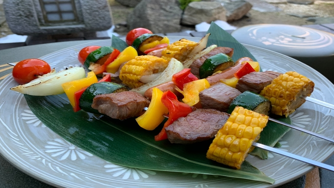 古民家貸切:庭でバーベキュー魚介・肉・野菜付き