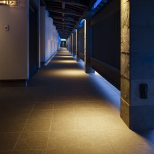 館内:客室までの通路