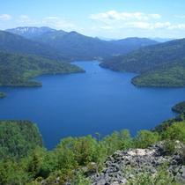 *白雲山からの然別湖