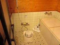 コテージ内浴室