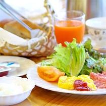 【朝食(一例)】プレート