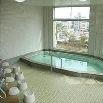 大浴場大浴場:夜17時から23時、朝6時から8時までご利用可。市内を眺望出来るくつろぎのスペース