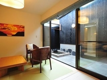 離れのお部屋リビング(A3タイプ室63平米)