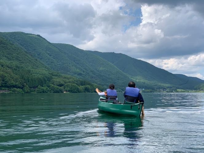 【シロウマアウトドアカンパニーと提携プラン】木崎湖でカヌー・カヤック体験!