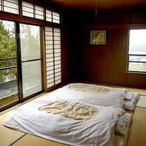 *和室一例/畳のお部屋で穏やかなひと時を