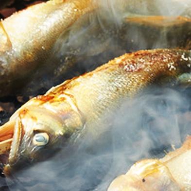 【旬の食旅◆天然鮎】香りも丸ごと味わって♪熱々塩焼きの庄川鮎を楽しむ、初夏から夏の旬会席