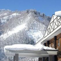 *【風景】雪化粧が施された雪山はすぐ目の前!
